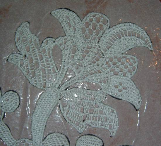 Needlepoint Lace Flower Motiv - Lace Fillings in Flower