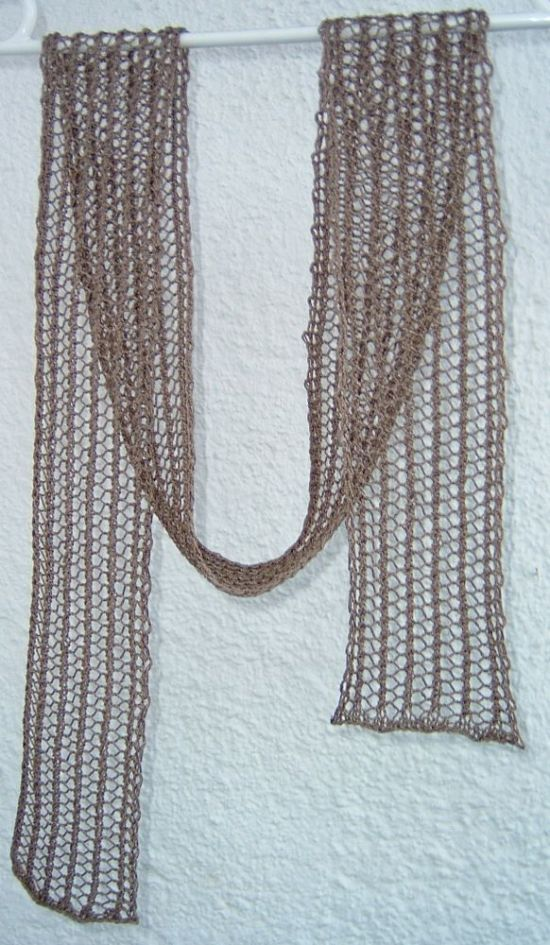 Narrow Scarf in Faggotting Stitch
