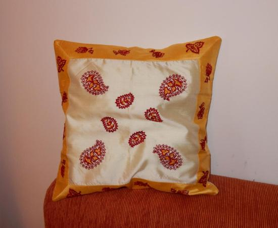 indian_pillow_stuffed